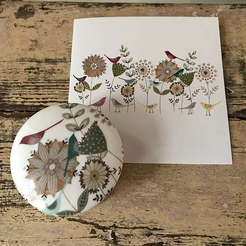 ONLY 1 AVAILABLE Summer Dreams Trinket and card
