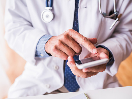 Brandon Daniell Writes About Texting Benefits for Physician Practices