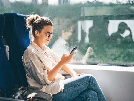 5 Ways Text Messaging Improves Enrollment Communication