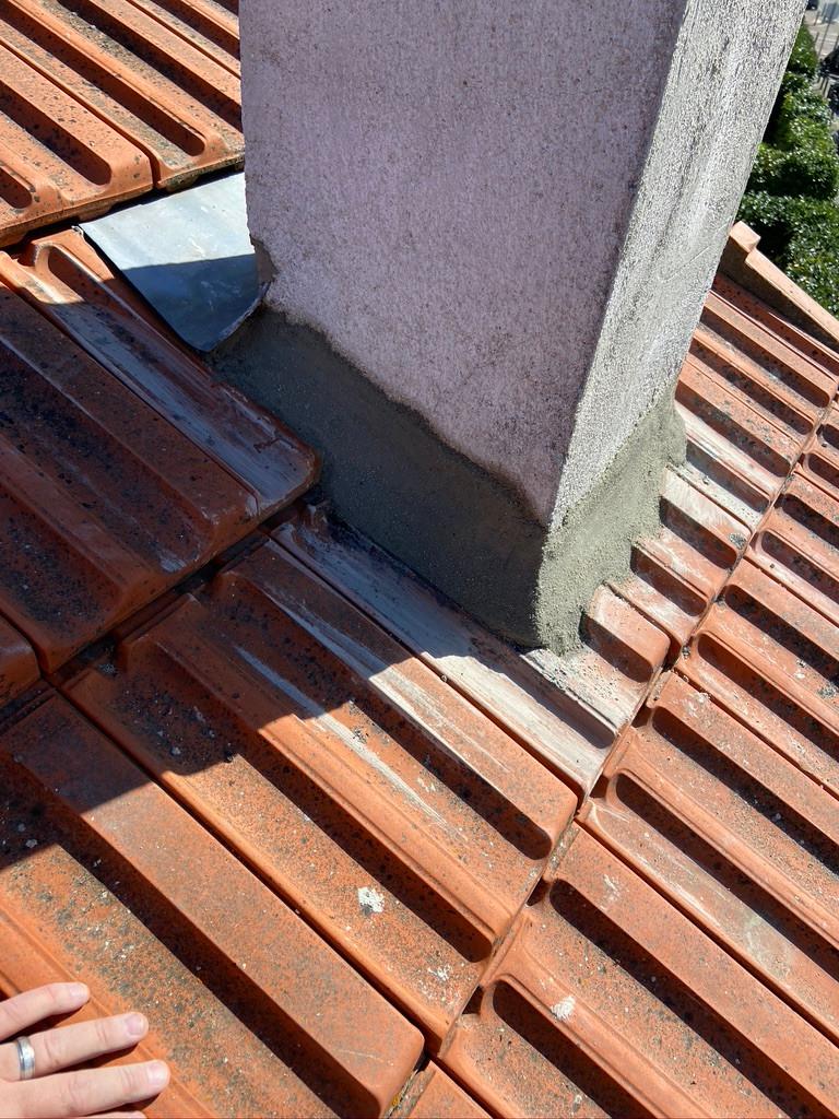cimentation des pieds de cheminée