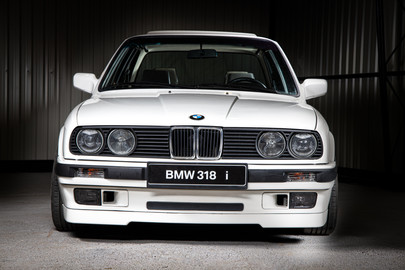 BMW E30 318i coupe 3