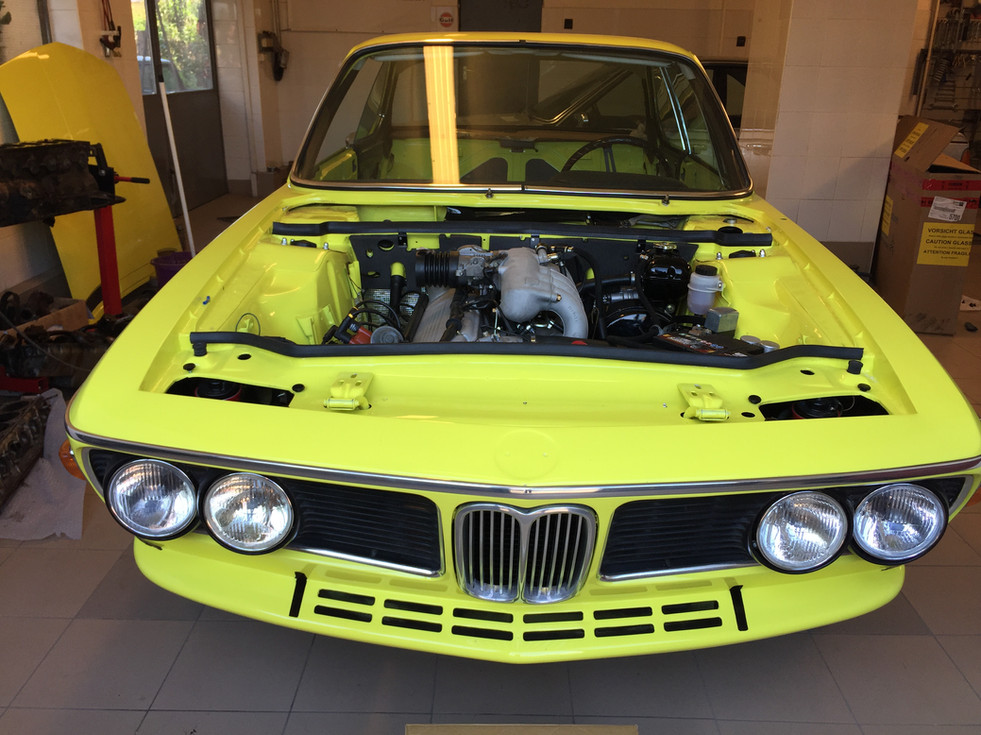 BMW E9 CSi golf motorraum