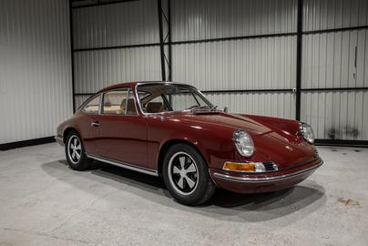 Porsche-911S-1970-9