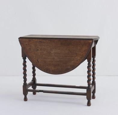 サイドテーブル(W90cm ×H73cm ×D42cm)