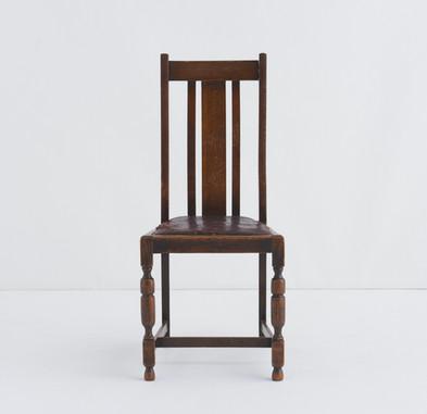木製イス(W44cm ×H84cm ×D40cm)