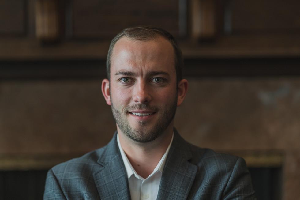Best Capital Bond Headshot. Calgary Petroleum Club - Michael Sheret