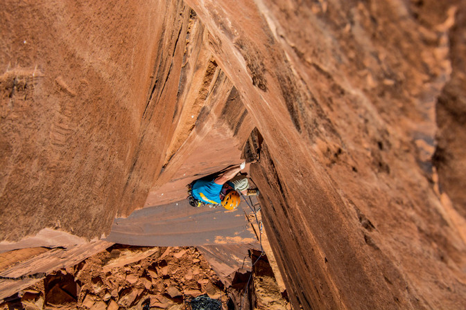 Drake on Unnamed 5.11+ Cat Wall