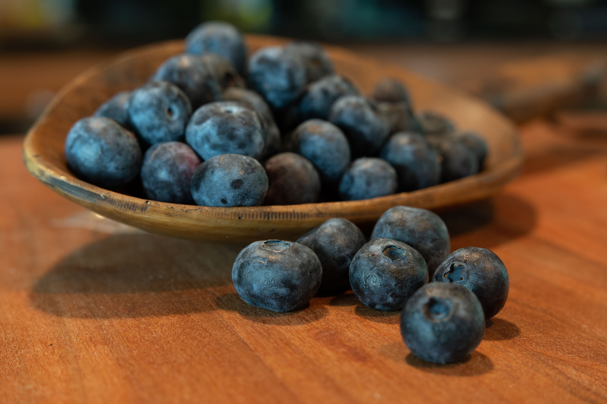 Blueberries with lensbaby