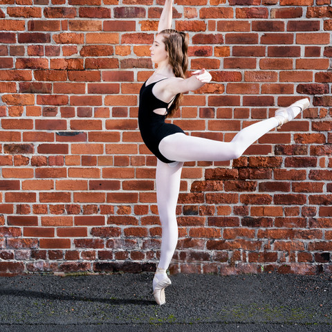 no matter where you are do it on pointe