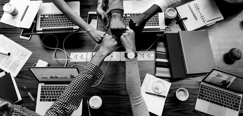 colleagues-giving-fist-bump_II.jpg