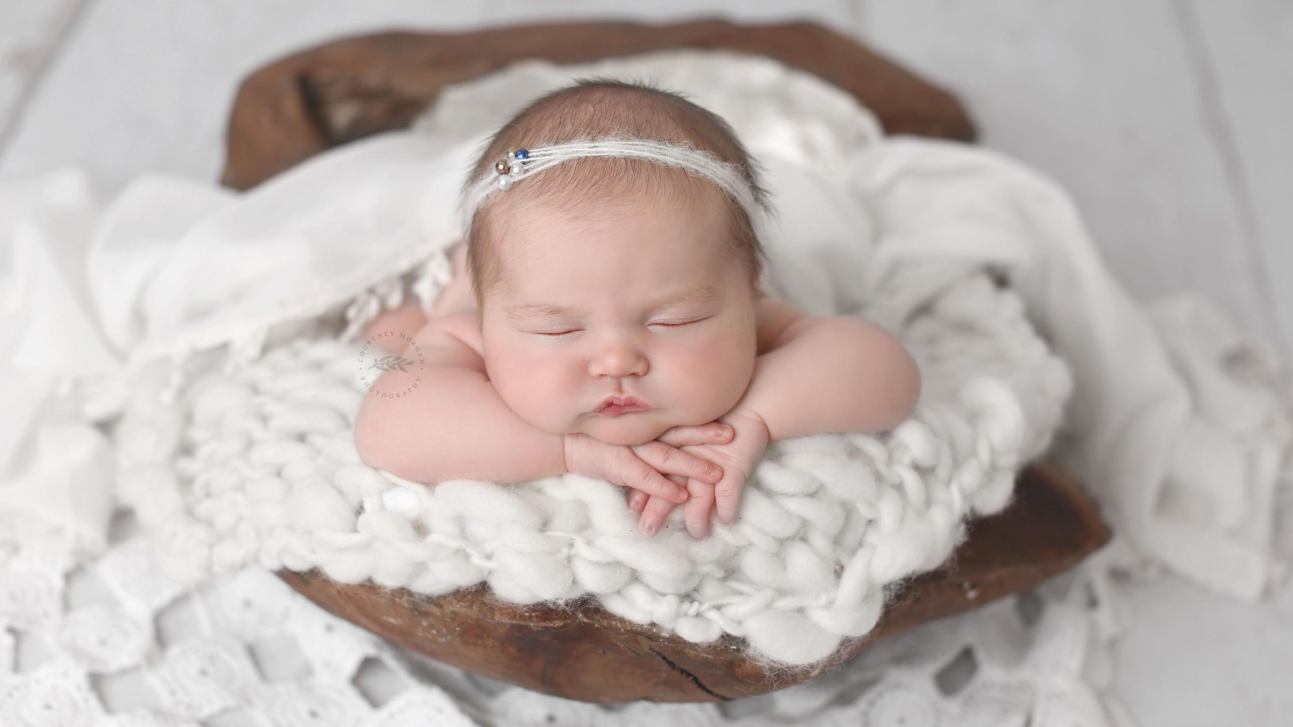 Plano Milestone Photographer, starting with newborn through the first year.