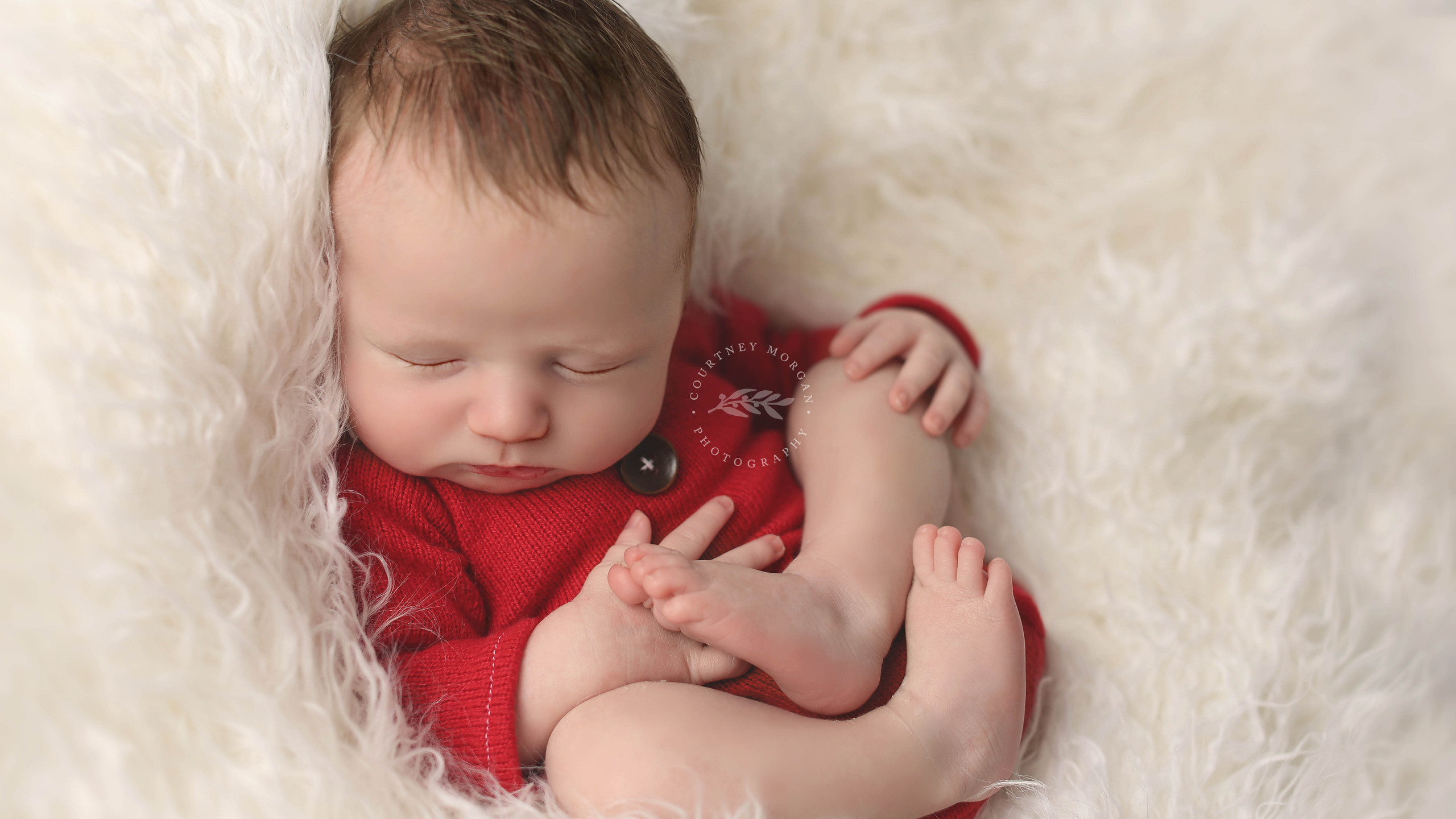 Photographer in Frisco Texas.  Maternity, Newborn, and the first year.