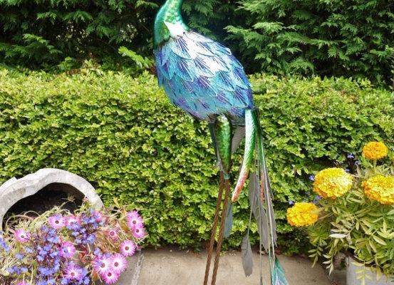 Metal Peacock Garden / Patio Ornament