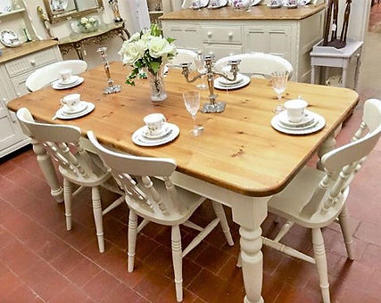Shabby chic farmhouse table and 6x chairs in lime white #shabbychic #shabbychichome #paintedfurnitur