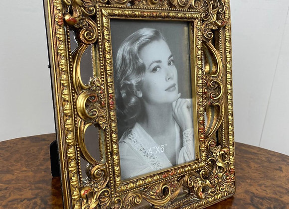 Beautiful Antique Style Gold / mirrored Photo Frame