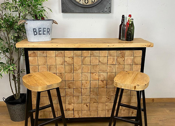 Industrial Home Bar with 2 Stools