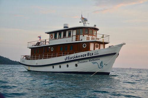 Yacht_P01.jpeg