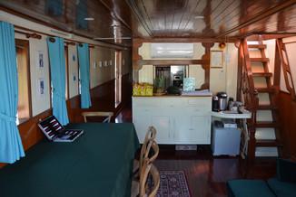 Yacht_P14.jpeg