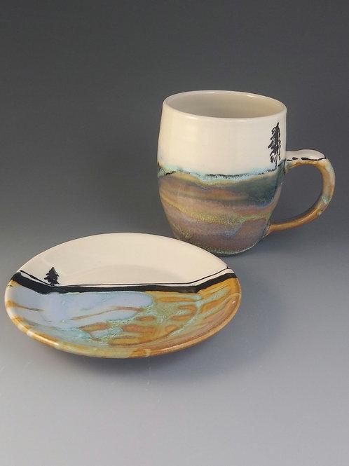 """Heather feilds 4.5"""" mug and dessert plate. Arundel"""