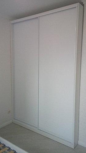 Белые шкафы-купе на заказ в Москве от производителя МФВ