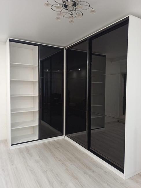 Реализованный угловой шкаф-купе