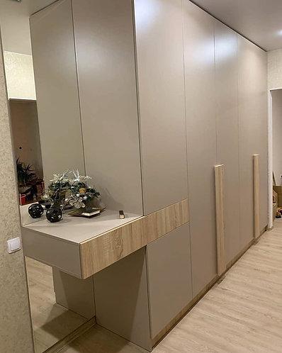 Распашной шкаф на заказ в Москве от производителя МФВ