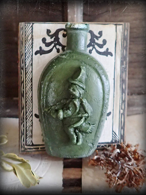 Witch Bottle (Green)