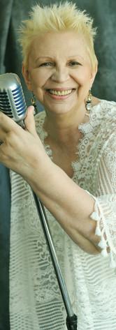 LILIANA GODOY- CANTANTE