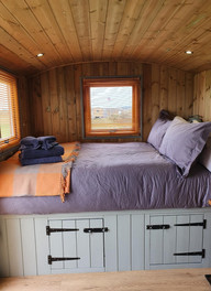 Pinewoods - Bed