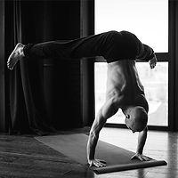 Преподаватель направления Ишвара йога