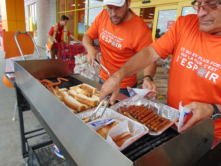 Une vente de hot-dogs retentissante!