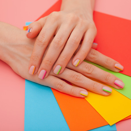 Elige el mejor esmalte para tus uñas