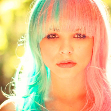 ¿Cómo mantener el color en el cabello teñido?