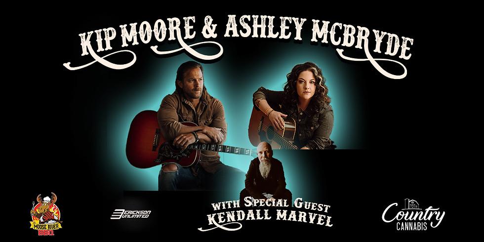 Wasilla Kip Moore & Ashley McBryde outside of the Menard Sports Center