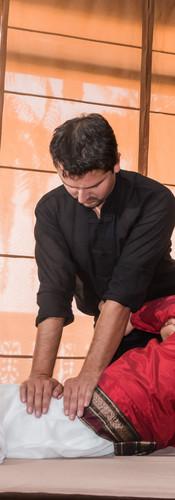 Thai Yoga Massagem - Diego Marquete 02