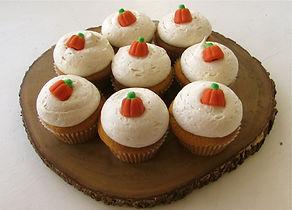 Pumpkin cupcakes.jpg