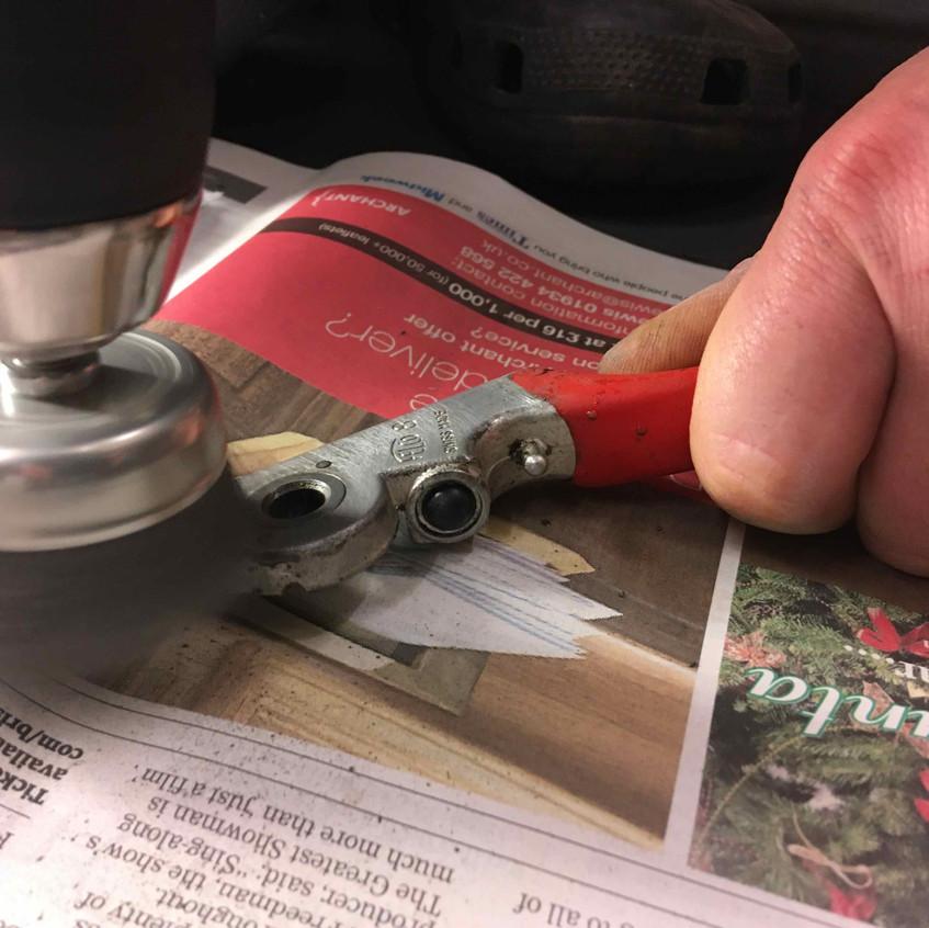 11. Wire brush on drill,speedy clean
