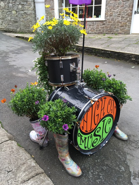 Drum kit planter