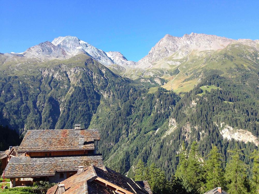Sainte Foy station facing Mont Pourri