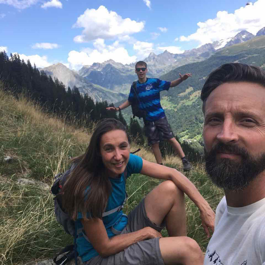 Walked to lunch at 1880m