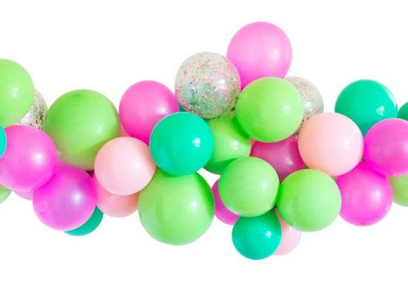 Merry & Bright Balloon Garland