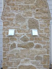 Blonde split / web wall fireplace