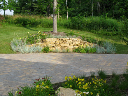 Brick pavers (driveway)