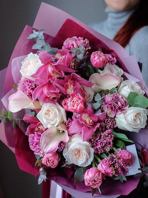 Hand Bouquet Large Kuala Lumpur