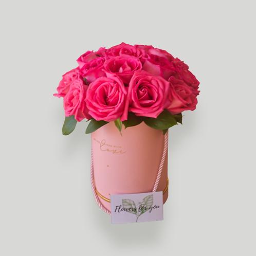 ROSE BOX REGULAR (19 ROSES)