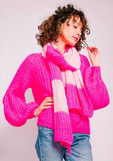 Chunky knit with scarf