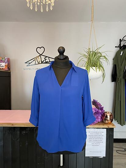 Blue shirt collar top
