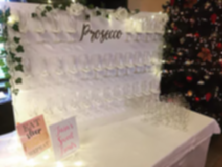 01.png Stylish Prosecco Wall