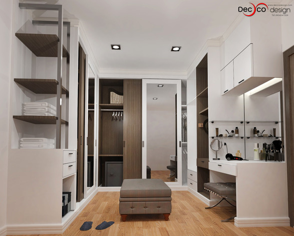 walk in closet2-logo.jpg