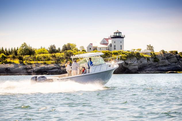 Parker Boats 2810 Walk Around Exterior-5